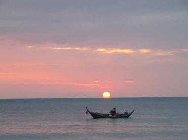 kohlanta-sunset-boat