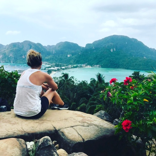 koh-phi-phi-viewpoint-back