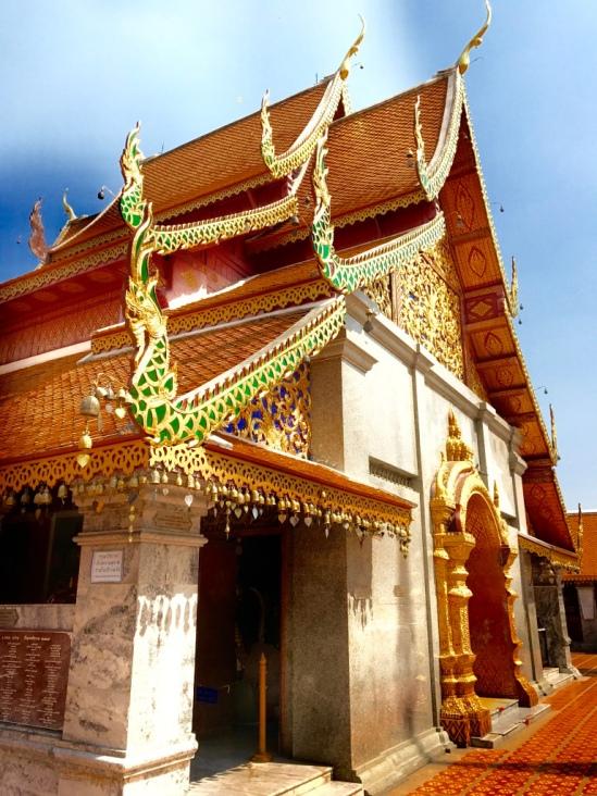 chiang_mai-temple-buddha