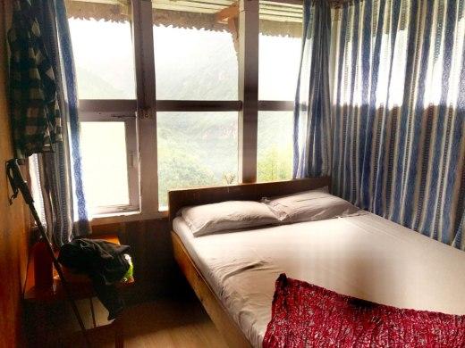 Nepal-Chamrong-Ersteklasse-Zimmer