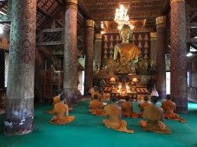 vang-vieng-meditation