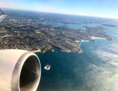 Flieger-ueber-Sydney