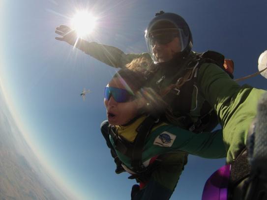 skydive-mit-sonne